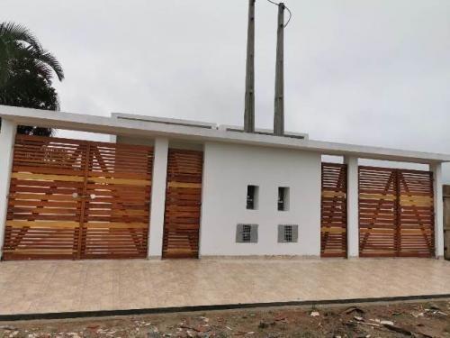 Casa Geminada A 800 Metros Do Mar Em Itanhaém - 5888