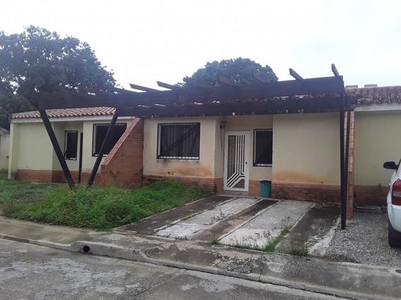 Casa Resid Villas De Monte Carmelo,139 Mts2, La Cumaca Mg
