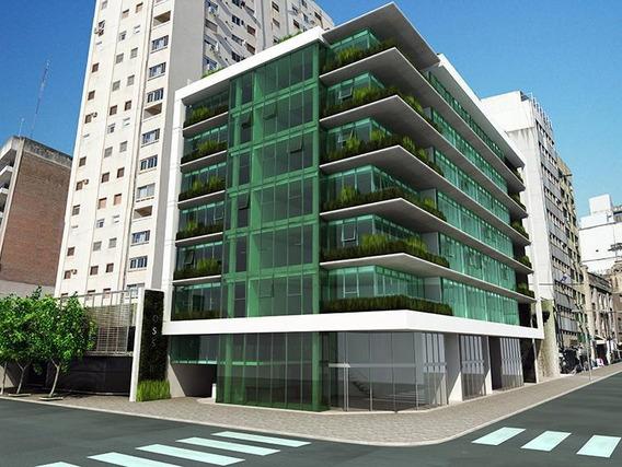 Oficina En 1º Piso / Corrientes Esq. San Lorenzo - Equipada