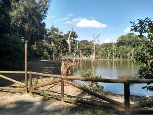 Imagem 1 de 13 de Terreno Limpo E Com Platô Em Condomínio Quinta Da Mata.
