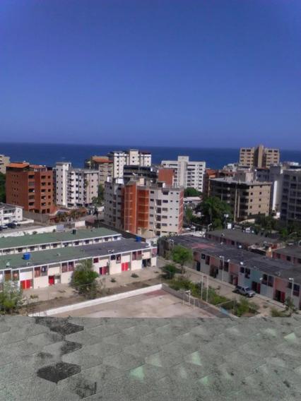 Bello P.h, 3 Habitaciones 2 Baños Vista Al Mar Caribe