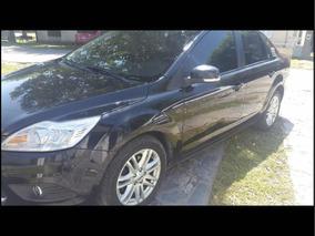Ford Focus Ghia 2010 2.0