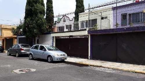 Casa En Venta En Tlalpan Colonia Coapa Magisterial, Cuatro Recamaras Con Closet, Tres Baños Y Medio