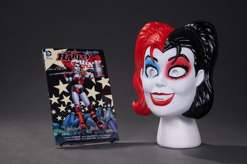 Harley Quinn Mask Set - Mascara Y Cómic En Ingles