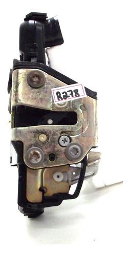 Imagem 1 de 6 de Fechadura Elétrica Dianteira Direita Toyota Corolla 03/08