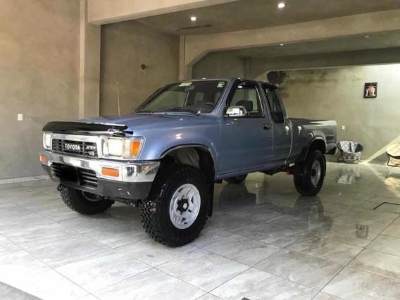 Toyota Tacoma Pick Up 4x4 Estandar