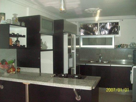 Casa En Venta Colinas Del Viento Barquisimeto 20-5791 Mf