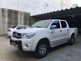 Toyota Hilux 3.0 I Sr Cab Doble 4x2 Doble Airbag