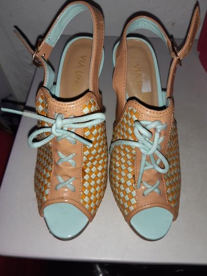 Zapatos Altos Numero 35 Via Uno
