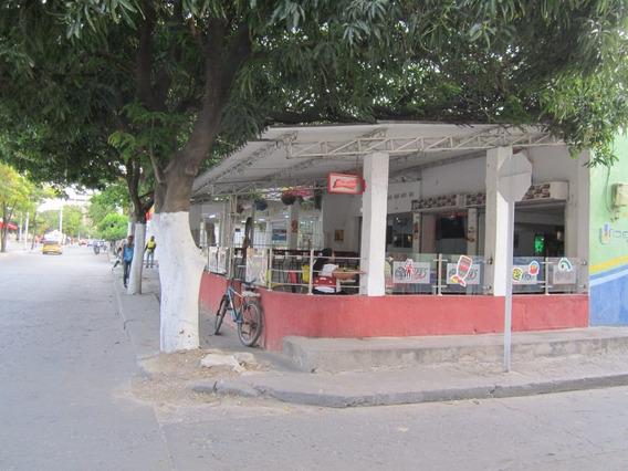 Vendo Local Y Apartaestudio Esquinero Santa Marta