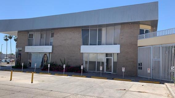 Renta Local Muy Cerca De Blvd. Principal, Bancos En Hermosillo