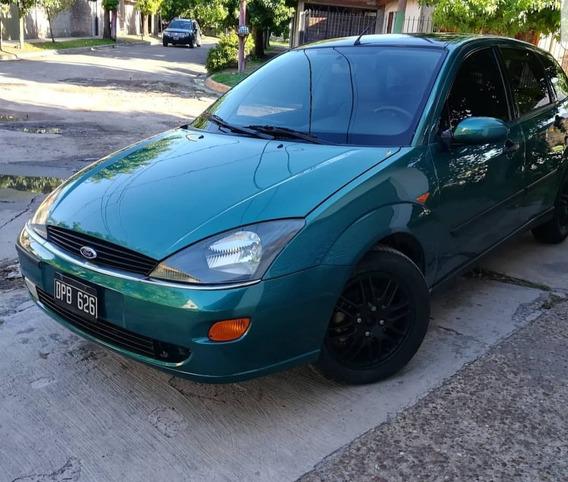 Ford Focus 2.0 Ghia 2000