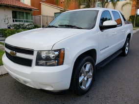 Chevrolet Avalanche 5.3 L Cd Piel 4x4 At 2007