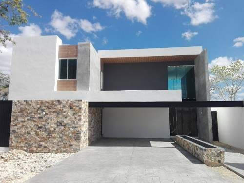 Casa En Venta, Privada En Zona Norte De Mérida. Cv-5108