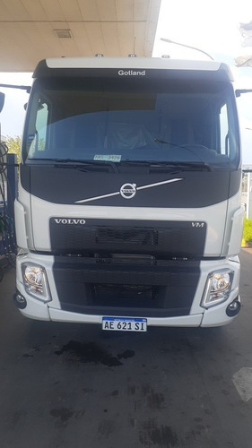 Volvo 330