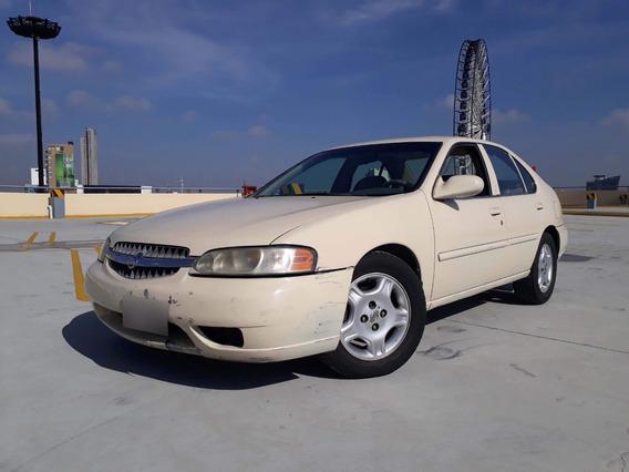 Nissan Altima 2001