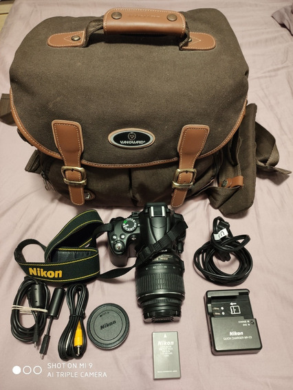 Câmera Nikon D5000 + Lente 18-55 Mm + Bolsa (11500 Clicks)