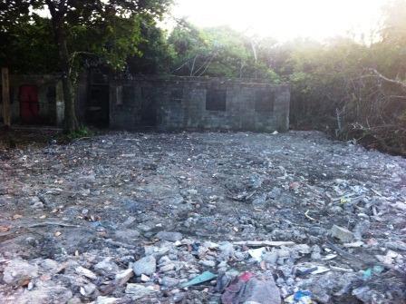 (ref: 1302) Terreno Com Construção - Itanhaém/sp - Gaivota