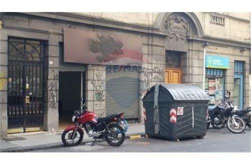 Local En Venta C/ Baño Y Deposito Exc Ubicacion