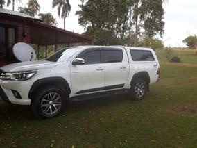 Toyota Hilux 4x4 D/c 2.8 Srx At Cuero C/cupula Automatica