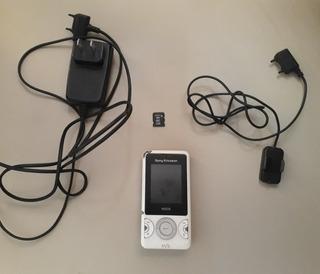 Sony Ericsson W205 Com Acessório Leia Descriçao