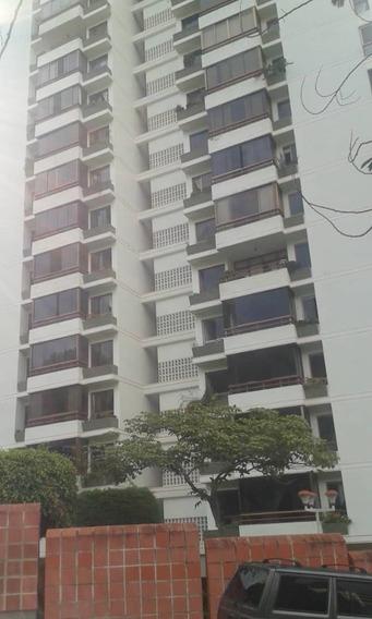 Se Alquila Apartamento En La Urb. Las Minas
