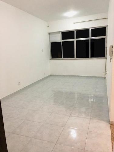 Apartamento Com 2 Quartos À Venda No Centro - Ap43961