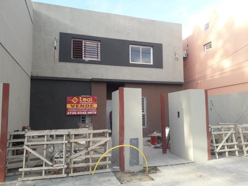 Duplex A Estrenar De 3 Ambientes Con Jardín  Y Cochera