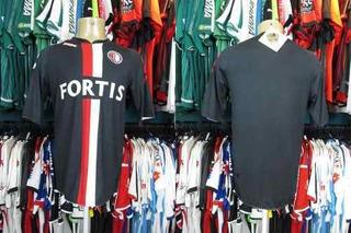 Feyenoord 2007 Camisa Reserva Tamanho G.