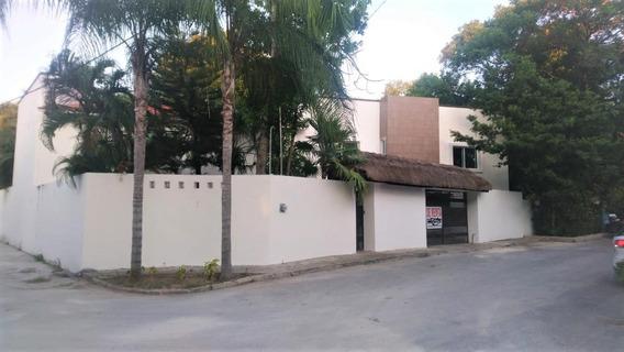 Casa En Renta De 6 Recámaras Sin Muebles En Privada Dzalam En Zona Cumbres, Cancún
