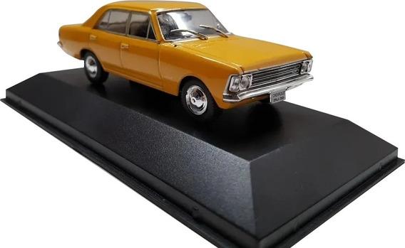 Miniatura - Chevrolet Opala 2500 - 1969 - 1:43 - Ixo