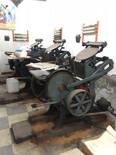 Imprenta 3 Máquinas Chandler, 1 Guillotina, Tipografías