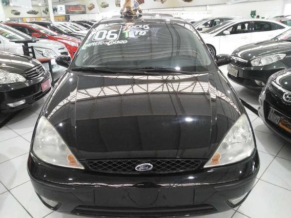 Ford Focus Ghia 2.0 2006 + Couro E Teto Solar