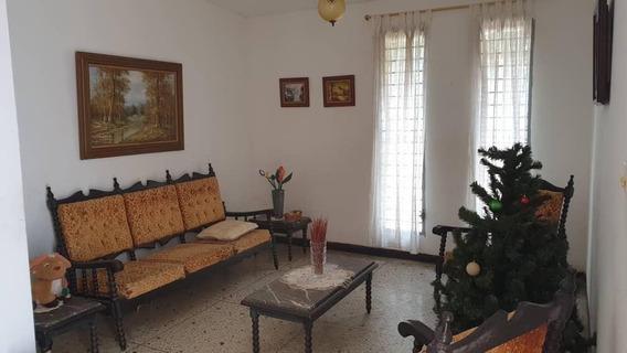 Casa En Venta Urbanización Monte Bello Maracaibo Api 30090