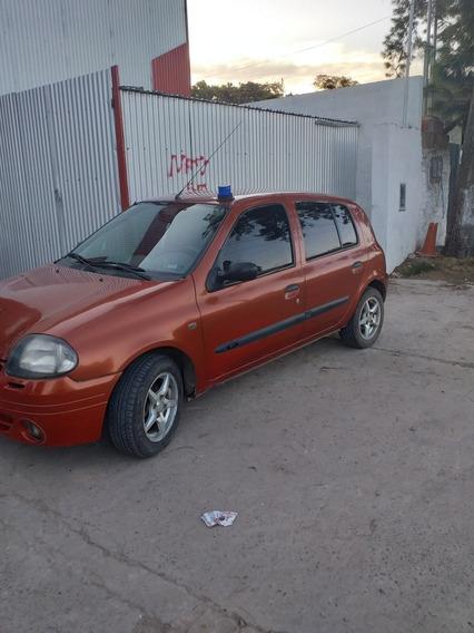 Renault Clio 1.9 Rld Dh 2000