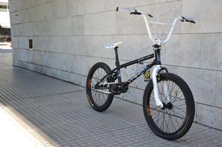 Bicicleta Freestyle Vairo Twist Jump Rodado 20 Tiendabici