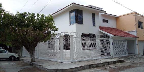 Rento Propiedad Para Oficinas En Colonia Moctezuma, Tuxtla Gutiérrez, Chiapas.