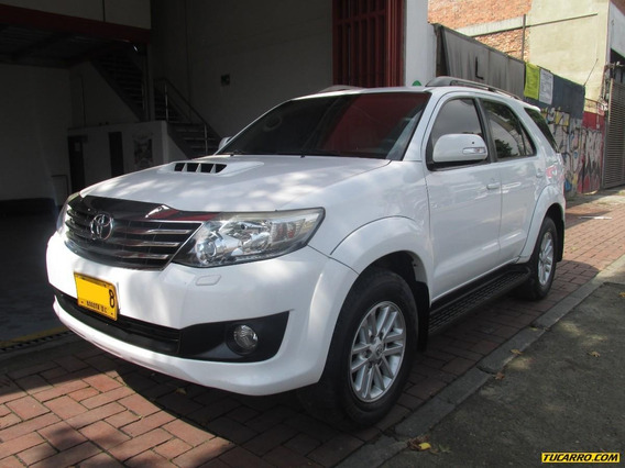 Toyota Fortuner 3.0 Turbo