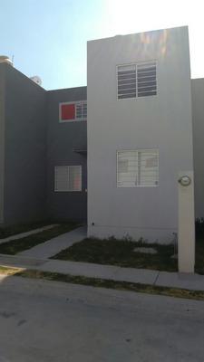 Casa De 3 Rec Y 2 Baños Completos En La Mejor Zona De Ote.