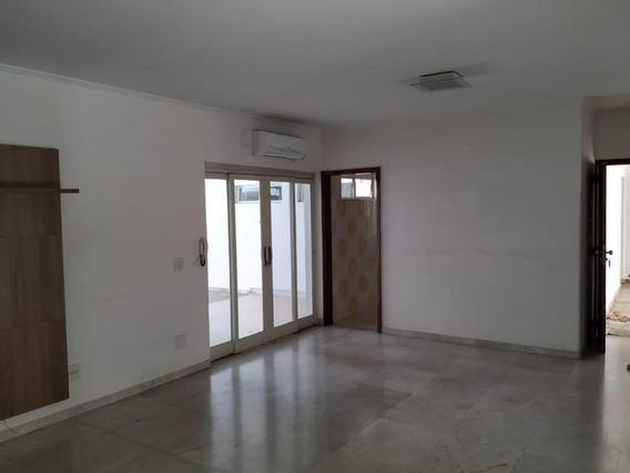 Casa Em Centro, Araçatuba/sp De 300m² 3 Quartos Para Locação R$ 8.000,00/mes - Ca242857