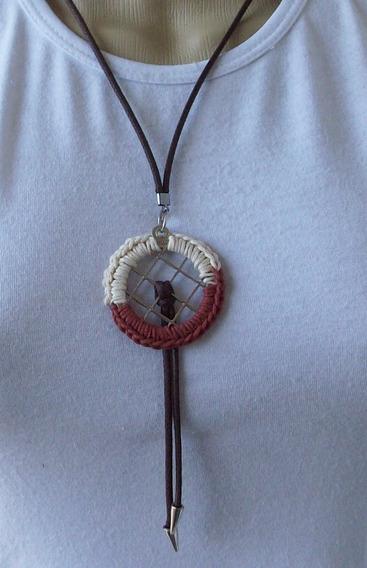 Colar Mandala Em Crochê Na Cor Marrom Terracota E Bege