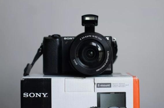 Camara Para Grabar Vlogs Reflex Sony Alpha A5100 +pila Extra