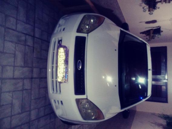 Ford Fiesta Sedam