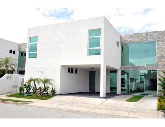 Se Alquila Casa Amoblada En Costa Sur Cl196341