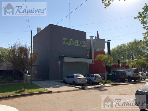 Imagen 1 de 6 de Cocheras En Alquiler Frente A La Estación - Francisco Alvarez, Moreno