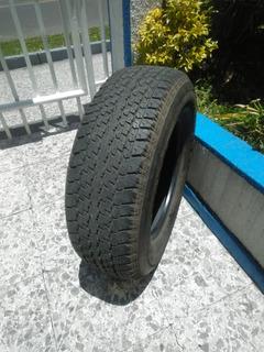 Lllantas Bridgestone 265/65 R17 - Unidad a $150000