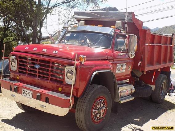 Volqueta Ford