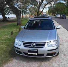 Volkswagen Bora 2013 Gris Plata, Primera Mano