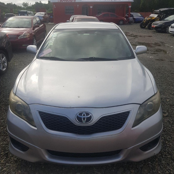 Toyota Camry Gris 2010