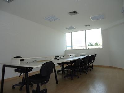 Sala Comercial Com 91m² Mata Da Praia. - 2001033
